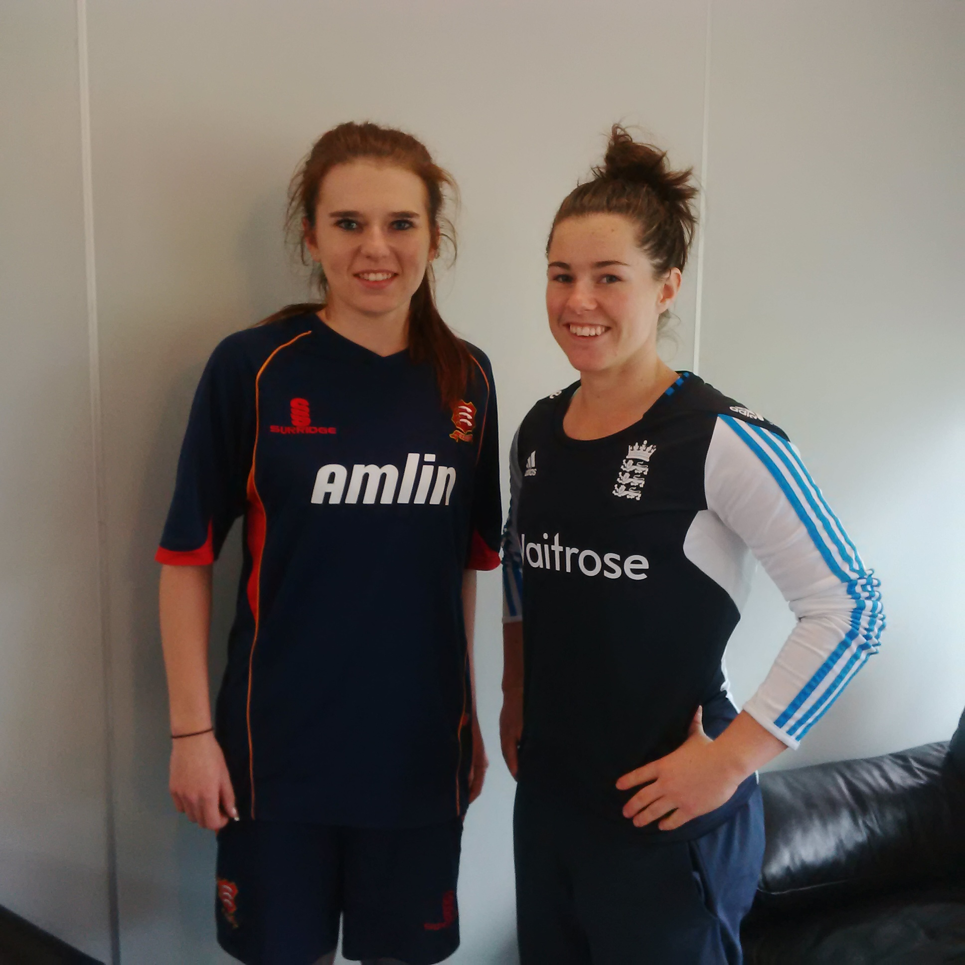 Alice Green with England women's cricketer Tammy Beaumont