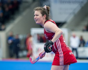 Great Britain's Laura Unsworth. Great Britain v Japan - Investec Private Banking International, Lee Valley Hockey & Tennis Centre, London, UK on 26 April 2015. Photo: Simon Parker