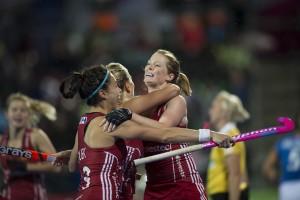 Helen Richardson-Walsh celebrates her goal v Italy Credit Chris Lee