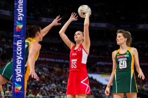 FRIDAY 14 AUGUST - England (ENG) v South Africa (RSA) in a Pool F Qualification Round game on Day 8 of the Netball World Cup 2015 SYDNEY. Photo: Murray Wilkinson (NWC2015 Media)